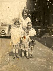 The Osborne Family with Angus (1937)