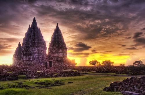 File:Lost-hindu-temple.jpg