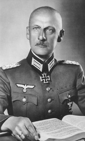 File:Wilhelm von Leeb.PNG