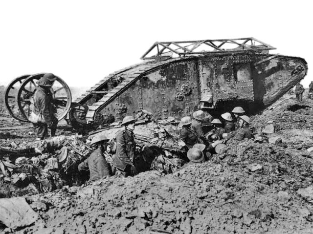 File:British-Mark-I-Tank-at-The-Somme.jpg