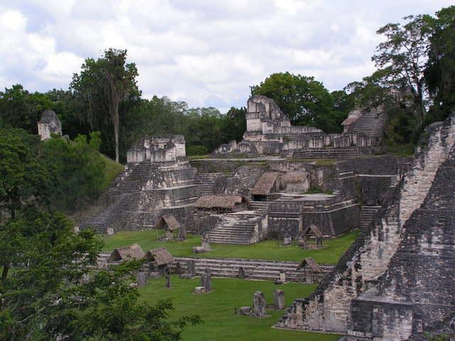 File:Acropolis del Norte.jpg