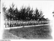 Bundesarchiv Bild 105-DOA3029, Deutsch-Ostafrika, Landsturm angetreten