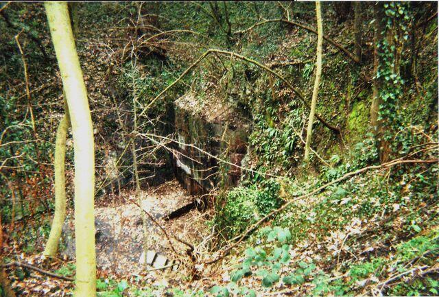 File:AvAr Prague Nazi bunker..jpg
