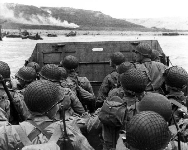 File:D-day-landing-june-1944-omaha-beach-in-normandy-france.jpg