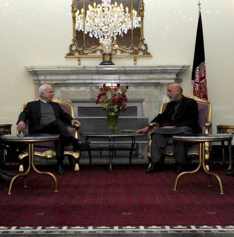 File:John McCain with Hamid Karzai (SIADD).jpg