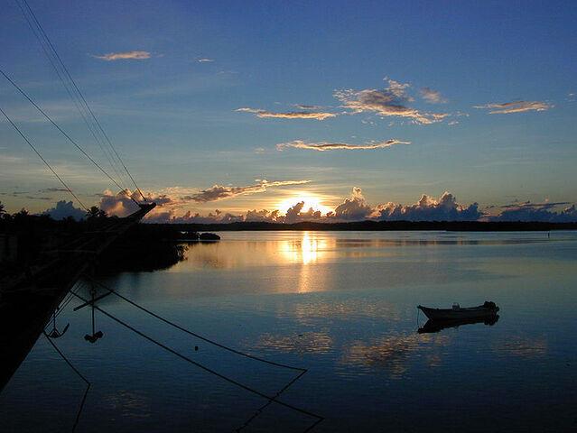 File:799px-Colonia Sunset.jpg