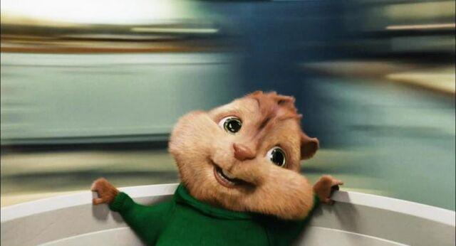 File:Alvin and the chipmunks 2 03.jpg