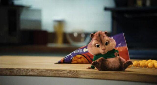 File:Alvin and the chipmunks 2 12.jpg