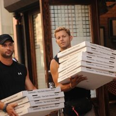 Jaymes & James delivering pizzas in the final leg.