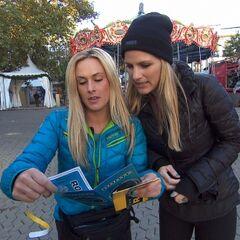 Caroline & Jennifer reading their clue.