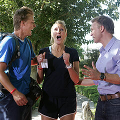 Meghan &amp; Cheyne winning <i>The Amazing Race 15</i>.