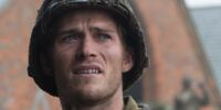 Miles (Scott Eastwood – Fury)