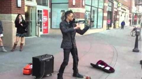 Street Musician Violin Looping Pedal = Awesome Video