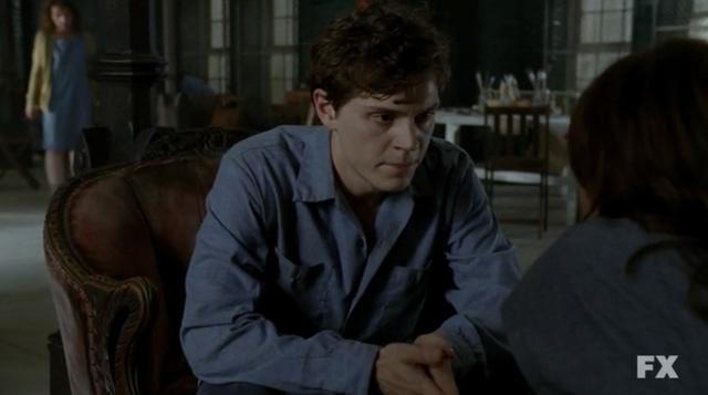File:Evan Peters Kit Walker American Horror Story Asylum S02E02 TAR 2.png