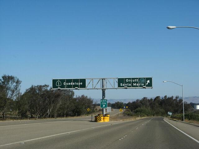 File:Ca-135 nb exit 017 01.jpg