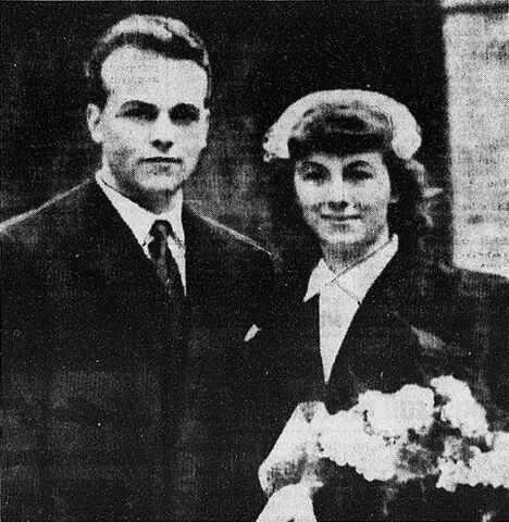 File:Roger Girerd and his wife.jpg
