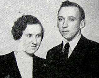 File:Peter Hansen and wife.jpg