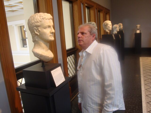 File:Joe Geranio and Caligula- Getty Villa.jpg