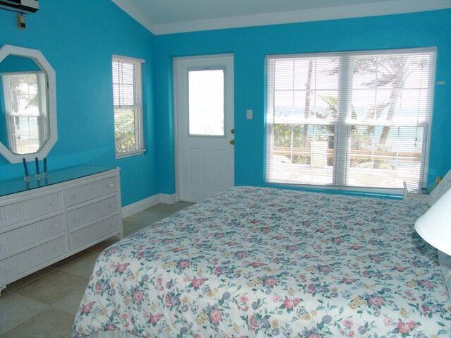 File:Blue-bedroom-paint-colors.jpg