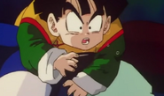 Gohan kneed in the stomach 3