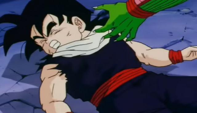 File:Piccolo grabs gohan2.png