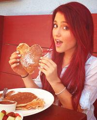 Ariana 3 nicer large