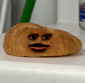 File:Croissant.png