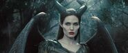 Maleficent-angelina-jolie-31-1