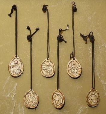 Amuletss