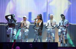 Ariana-grande-at-dangerous-woman-tour-in-phoenix 4