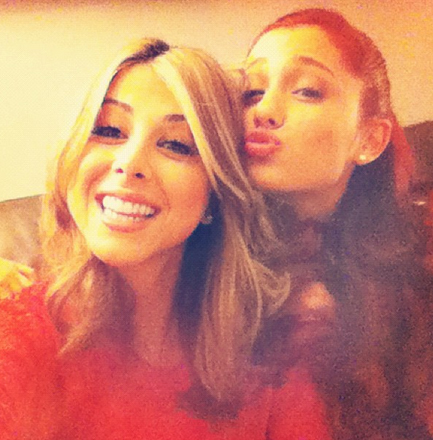 File:Ariana With Her Co-Star From Victorious Daniella Monet.jpg