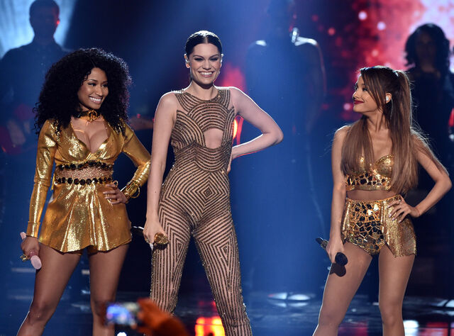 File:Rs 1024x759-141123200627-1024.jessie-j-ariana-nicki-minaj-american-music-awards-2014.jpg