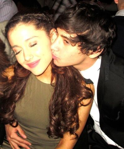 File:Jai Brooks holding Ariana Grande.jpg