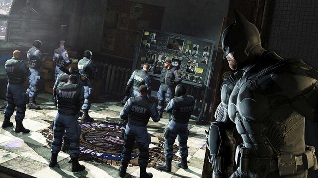 File:Batman vs. GCPDSwat.jpg