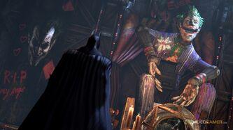 Joker statue