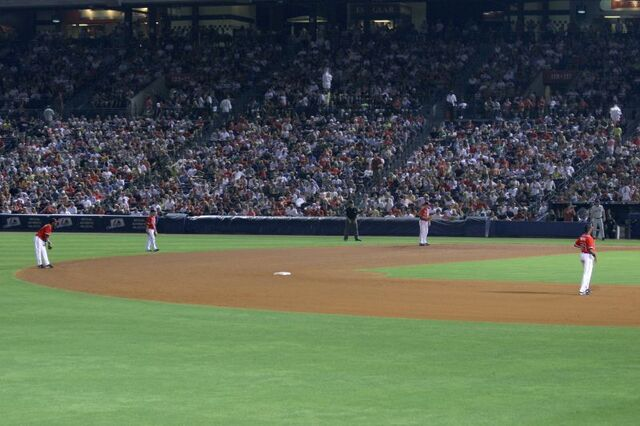File:Turner Field-1195686212-96.jpg