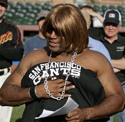 File:Barry bonds abdul 053007-thumb.jpg