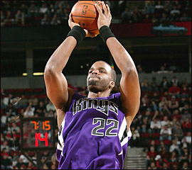 File:Player profile Shelden Williams.jpg