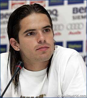 File:Player profile Fernando Gago.jpg