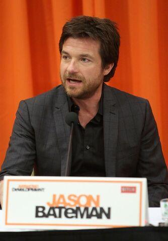File:2013 Netflix Press Conference - Jason 2.jpg
