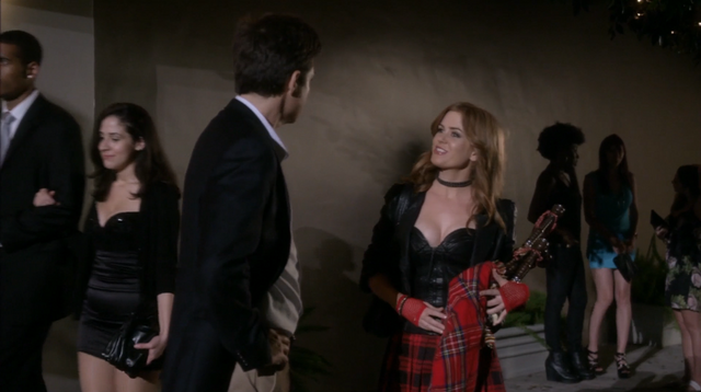 File:4x04 The B. Team (098).png