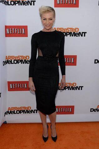 File:2013 Netflix S4 Premiere - Portia de Rossi 04.jpg