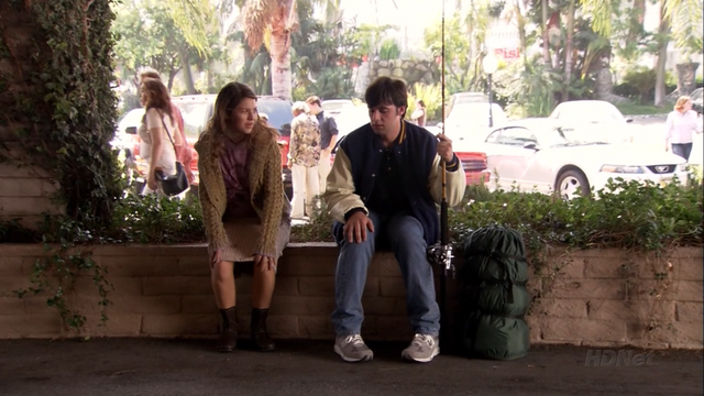 File:3x01 The Cabin Show (79).png