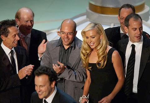 File:2004 Primetime Emmy Awards - Arrested Development Group 06.jpg