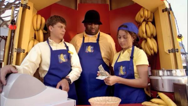 1x02 Top Banana (35)