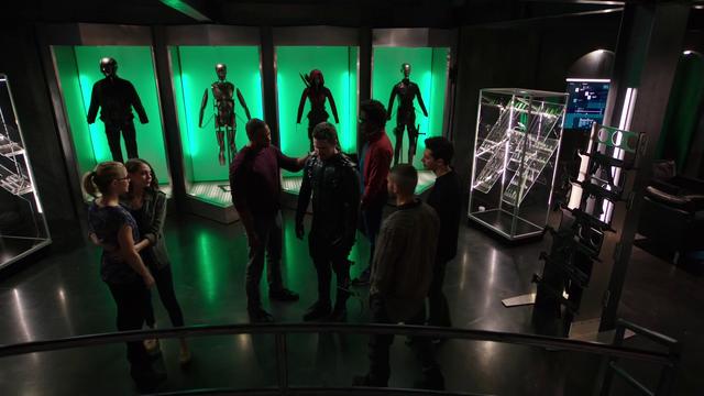 File:Team Arrow comforts Oliver.png