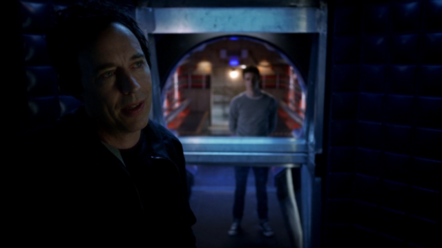 File:Eobard tells Barry the truth.png