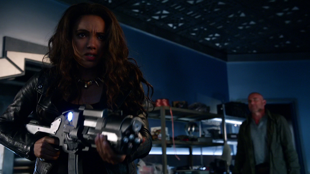 File:Amaya with a speedster weapon.png