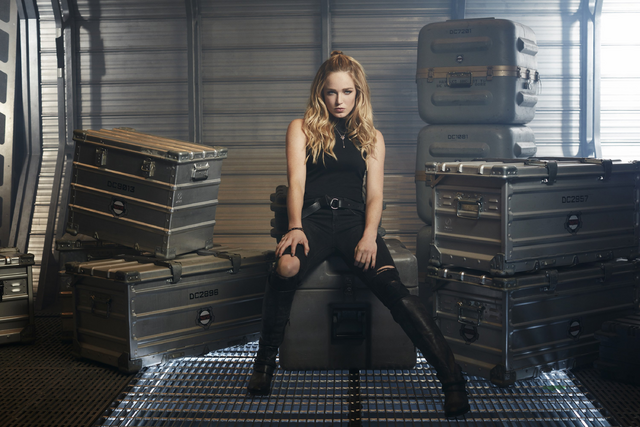 File:DC's Legends of Tomorrow - Sara Lance character portrait.png