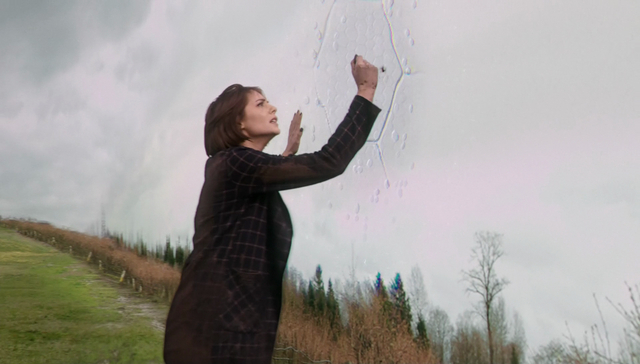 File:Thea Queen reaches Tevat Noah's boundary.png